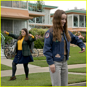 Kaitlyn Dever & Beanie Feldstein Show Off Their Dance Moves in 'Booksmart' Exclusive Photos