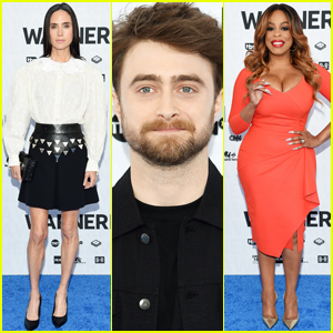 Daniel Radcliffe Joins Jennifer Connelly & Niecy Nash at WarnerMedia Upfronts!