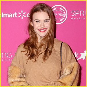 Teen Wolf's Holland Roden Gives Update After Being Detained at Brazil Airport