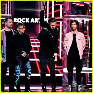 Imagine Dragons Speaks Out Against LGBTQ Conversion Therapy During Billboard Music Awards Acceptance Speech - Watch!