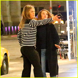 Jennifer Aniston & Reese Witherspoon Film a Dramatic Scene for 'The Morning Show' in NYC!