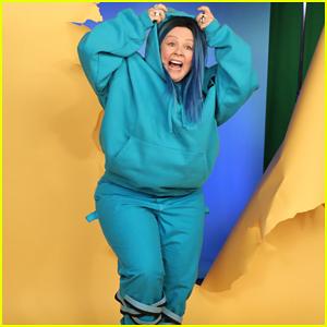 Melissa McCarthy Inserts Herself Into Billie Eilish's 'Bad Guy' Video on 'Ellen' - Watch Here!