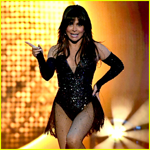 Paula Abdul Gives Dance-Filled Performance at Billboard Music Awards 2019! (Video)