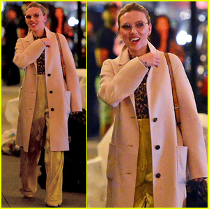 Scarlett Johansson Has A Night Out in New York City!