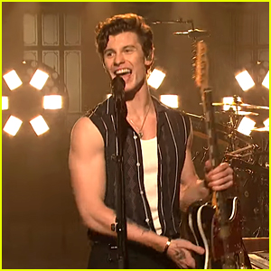 Shawn Mendes Performs Stripped Down Version of 'In My Blood' on 'SNL,' Bares His Arms! (Video)