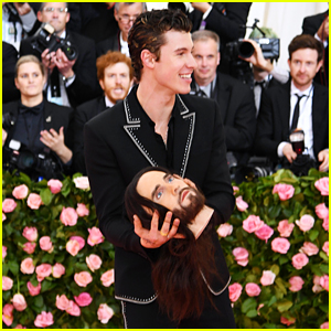 Shawn Mendes Holds Jared Leto's (Fake) Head at Met Gala 2019!