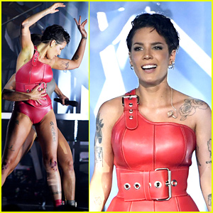 "950620898e1ba Halsey gives a dramatic performance of her song ""Without Me"" on the 2019 Billboard  Music Awards stage!"