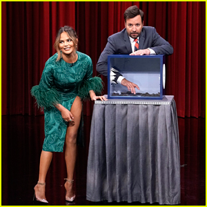 Chrissy Teigen & Jimmy Fallon Play Hilarious Round of 'Can You Feel It?' on 'Tonight Show' - Watch Here!