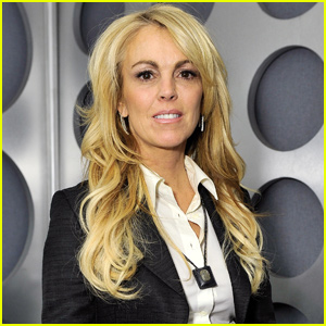 Dina Lohan Splits With Internet Boyfriend After Lindsay Slams Their Relationship