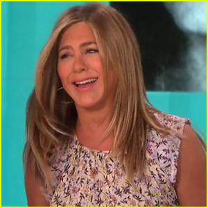 Jennifer Aniston Reveals Which 'Friends' Co-Star She Would Have Dated in High School