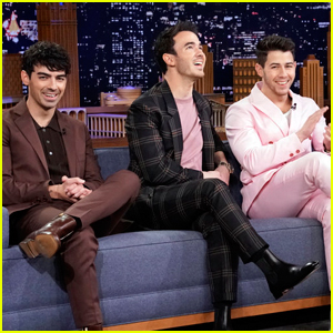Jonas Brothers Reveal Who Almost Leaked Reunion Secret - Watch Now!