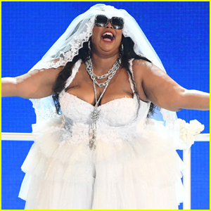 Lizzo Channels a Bride for BET Awards 2019 Performance!