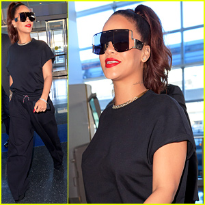 Rihanna Keeps It Comfy-Cool While Catching Flight in NYC