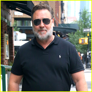 Russell Crowe Sports Full Beard While Promoting 'Loudest Voice'