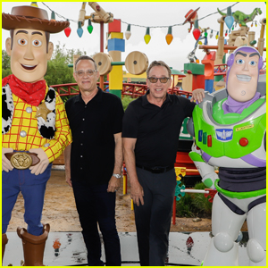 Tom Hanks & Tim Allen Join Their 'Toy Story' Characters in Disney World!