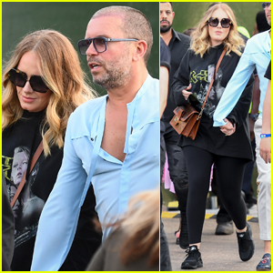 Adele Shows Off Slimmer Figure at Celine Dion Concert!