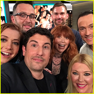 'American Pie' Cast Reunites for Epic Selfie on 20th Anniversary