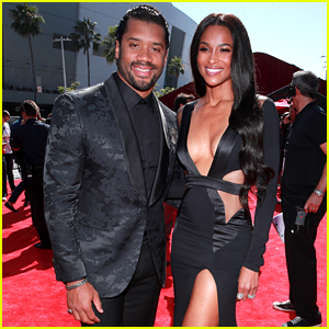 Ciara & Russell Wilson Slay in Black on ESPYs 2019 Red Carpet
