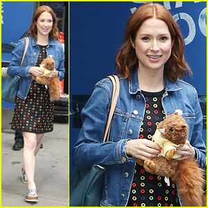 Ellie Kemper Says First Few Months Of Second Pregnancy Were 'Rough'!