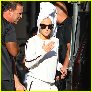 Jennifer Lopez Wraps Her Hair in a Towel En Route to Rescheduled MSG Show
