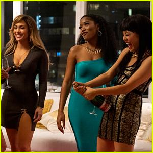 Jennifer Lopez Leads the 'Hustlers' in Sexy New Trailer!
