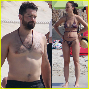 Jesse Metcalfe Goes Shirtless for Day at the Beach with Cara Santana!