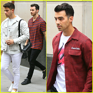 The Jonas Brothers Jump For Joy Over Their MTV VMAs Nominations