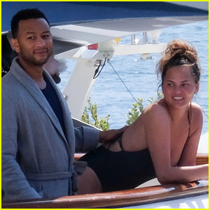 John Legend & Chrissy Teigen Spend the Day on a Yacht in Italy!