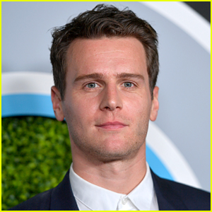 Jonathan Groff to Star in Off-Broadway Revival of 'Little Shop of Horrors'