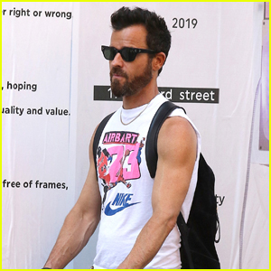 Justin Theroux Wears Another Sleeveless Shirt for His Afternoon Outing!