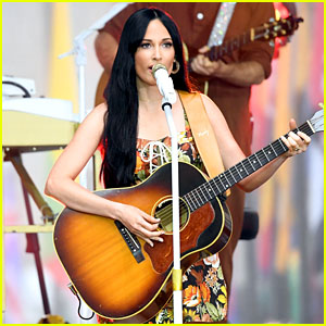 Kacey Musgraves Extends 'Oh, What A World: Tour II' - See the New Dates!
