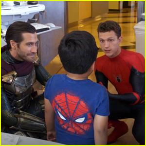 Jake Gyllenhaal joins Tom Holland & Zendaya For Children's Hospital LA Visit