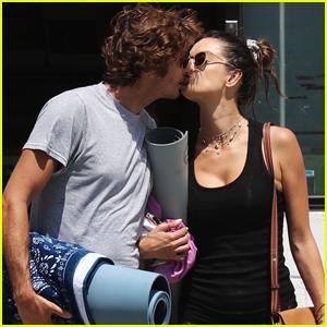 Alessandra Ambrosio & Boyfriend Nicolo Oddi Show Some PDA After Yoga Class