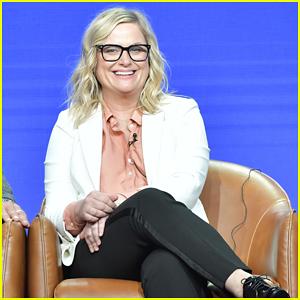 Amy Poehler On Emmys Not Having Celebrity Host: 'It Seems Cool'