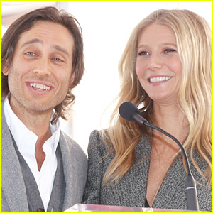 Brad Falchuk Reveals Why He Waited to Move In with Gwyneth Paltrow Until 1 Year After Wedding