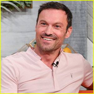 Brian Austin Green Reveals Which 'Beverly Hills, 90210' Co-Stars He Hooked Up With