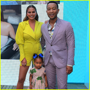 Chrissy Teigen Celebrates 'Quay' Collection With John Legend & Their Children!