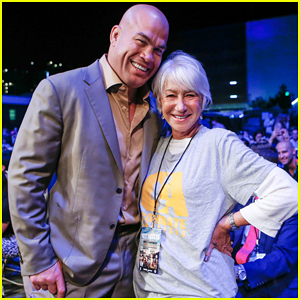 Dame Helen Mirren Checks Out Her Very First MMA Fight with Tito Ortiz!