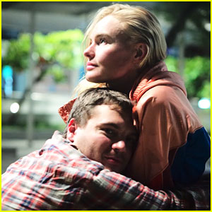 Emile Hirsch Drops New Song 'Love Is Real,' Kate Bosworth Stars in Music Video