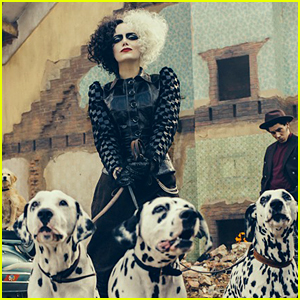 Emma Stone as Cruella de Vil - First Look Photo from D23!