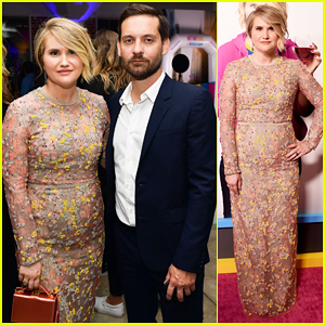 Jillian Bell Gets Support from Tobey Maguire at 'Brittany Runs a Marathon' Premiere!