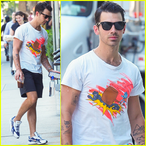Joe Jonas Hangs in NYC Between 'Happiness Begins' Tour Dates