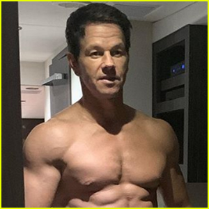 Mark Wahlberg Shows Off His Buff Body in Shirtless Snap!