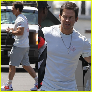 Mark Wahlberg Shows Some Muscle While Heading To A Meeting Mark Wahlberg Just Jared
