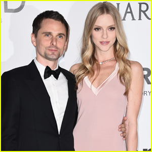 Muse Singer Matt Bellamy & Model Elle Evans Tie the Knot!