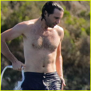Mika Goes Shirtless on Vacation with Boyfriend Andreas Dermanis in Italy!