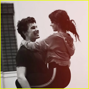 Shawn Mendes & Camila Cabello Release New 'Señorita' Music Video With Dance Rehearsal Footage