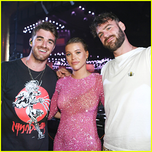 The Chainsmokers Get Whole Club To Sing 'Happy Birthday' To Sofia Richie