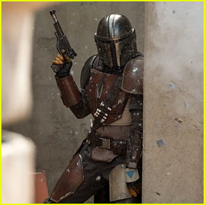 'The Mandalorian' Reveals First Trailer For 'Star Wars' TV Series - Watch!