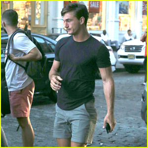 Tyler Cameron Exits Gigi Hadid's NYC Apartment After Dinner Date